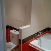 Vyřešení společného prostoru pro WC a koupelnu (Modřany, ulice Pavlíkova   byt 3+1)
