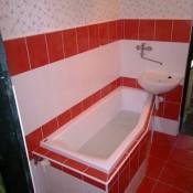 vana určená do průchozí koupelny      (Háje, Boháčova ulice,  byt 3+1) (2)